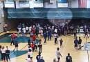 Investigan lanzamiento de tortillas a jugadores de baloncesto de una secundaria predominantemente latina de California