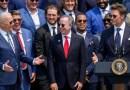 ANÁLISIS   El deportista favorito de Trump se burló de la 'Gran Mentira' ante el hombre que venció al expresidente