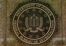 El FBI acepta mejorar la verificación de antecedentes penales para evitar la venta de armas a menores y foráneos