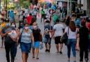 El ministro de Salud de Panamá amenaza con destituir a funcionarios sorprendidos en fiestas clandestinas
