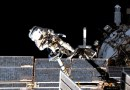 Cosmonautas rusos realizarán la primera de 11 caminatas espaciales para el nuevo módulo de la estación espacial