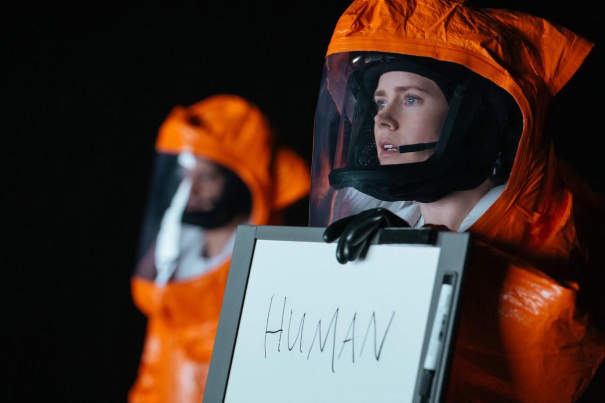 Conheça a teoria linguística em que se baseia A Chegada, filme de ficção científica do ano