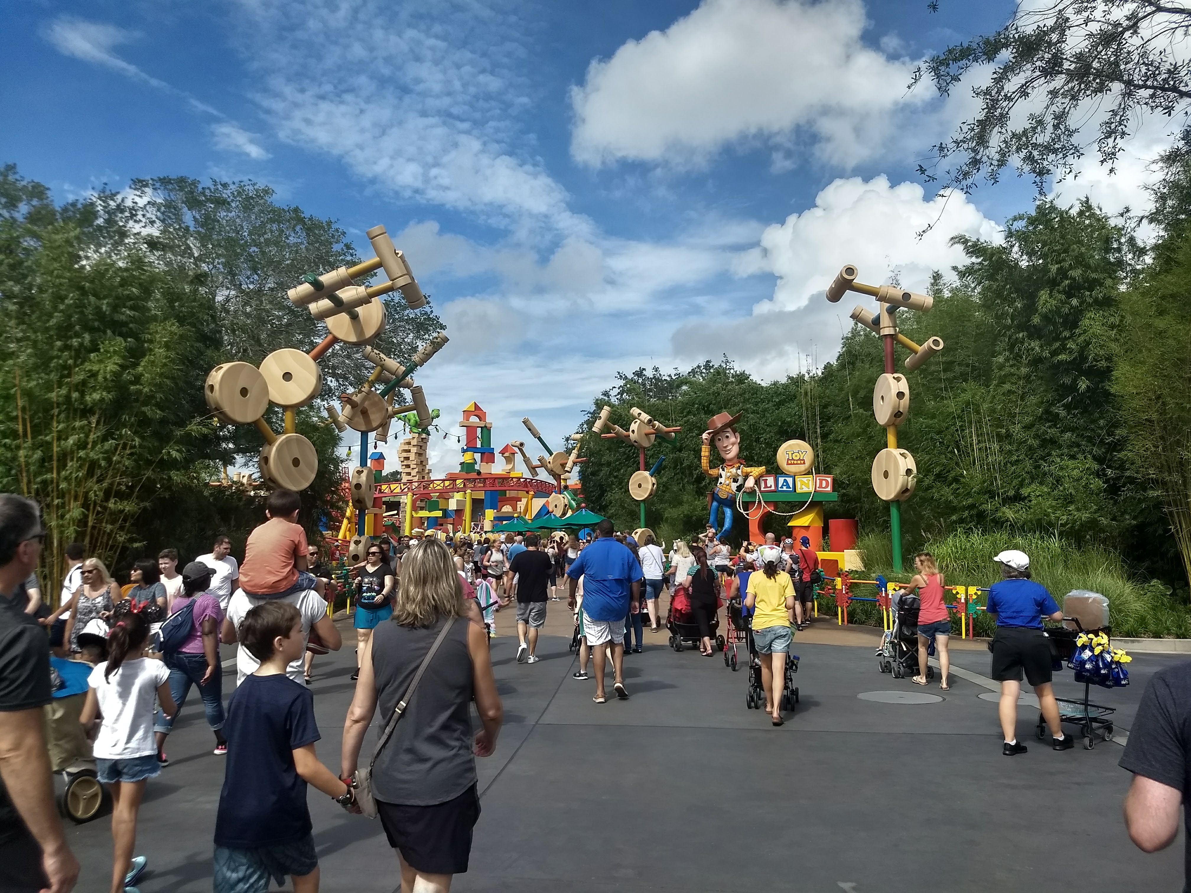 A Cynical Trip: Attraction Highlights