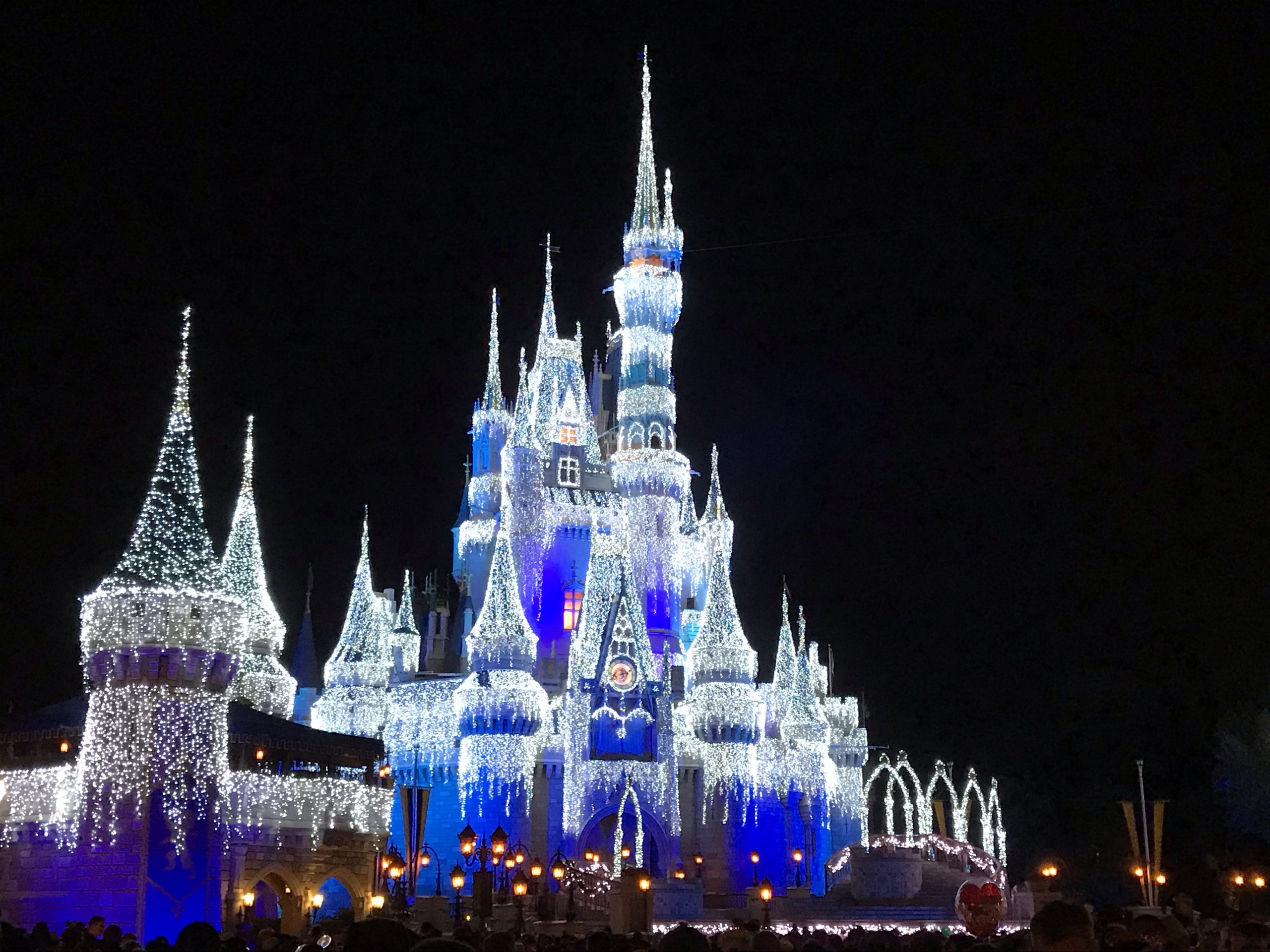 Live: Magic Kingdom New Years Eve Fireworks! 11:45 PM ET