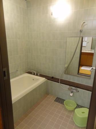 Hilton Tokyo Bay - Japanese style bathroom