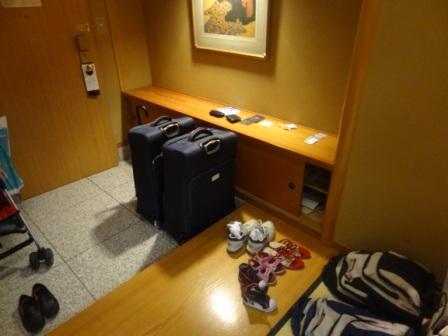 Hilton Tokyo Bay - Japanese Suite Entrance