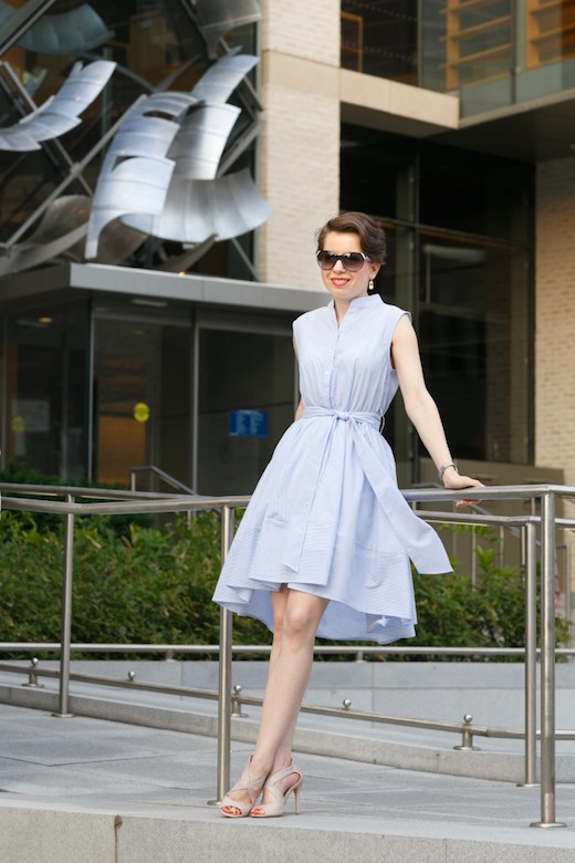 light-blue-striped-summer-dress-REDRETICULE-fashion-blog-for-women-over-30-2