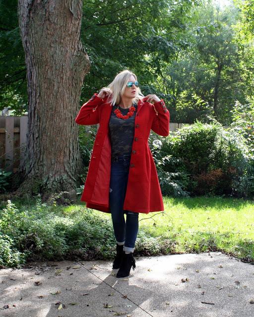 eshakti-red-jacquard-coat-camo-tee