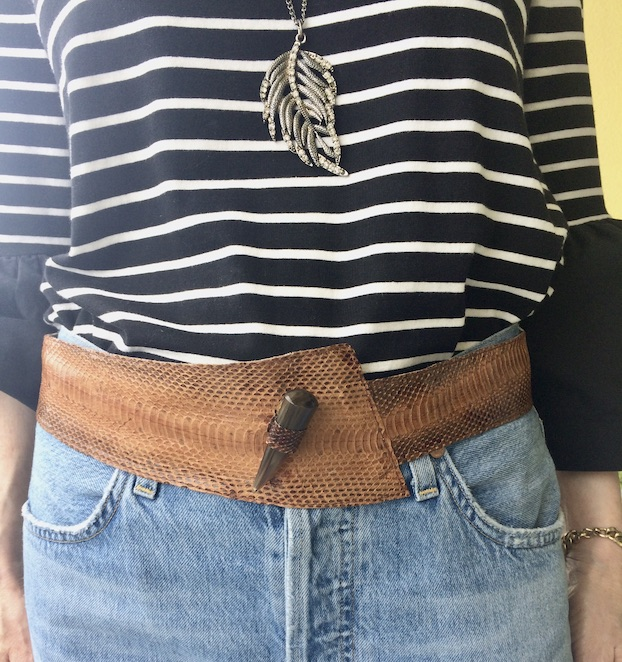 casual look with vintage belt