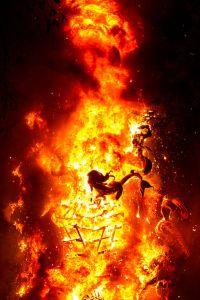 falla ardiendo