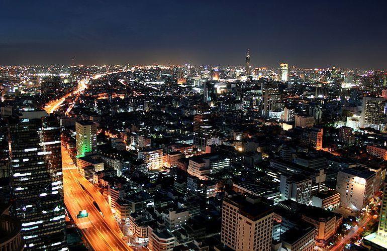 Thonglor de noche
