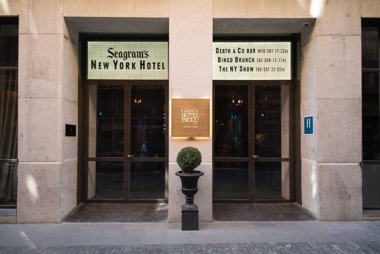 Fachada Seagrams NY Hotel 2019