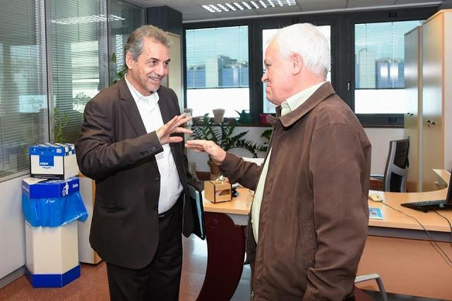 Carmelo Ramírez recibe a El Ghaseem Ould Ballali en el Cabildo de Gran Canaria. El Confidencial Saharaui