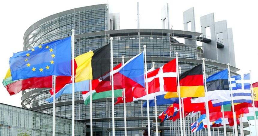 Poemario por un Sahara Libre: Dimite la ponente del PE del pacto para incluir al Sáhara en el acuerdo con Marruecos por sus vínculos con Rabat