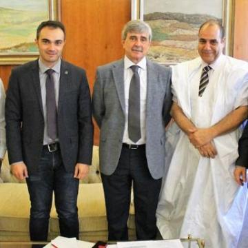 El delegado autonómico de la República Árabe Saharaui Democrática visita la ULE   Leonoticias
