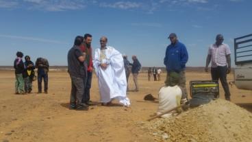 Martín Vilacomprueba en los campamentos refugiados saharauis el desarrollo de los proyectos de Aguas y Eléctrica de Cádiz | OCádizDigital