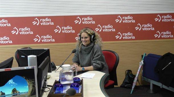 La fotoperiodista alavesa Nuria González ha viajado dos veces al Sáhara | Radio Vitoria Magazine| EiTB
