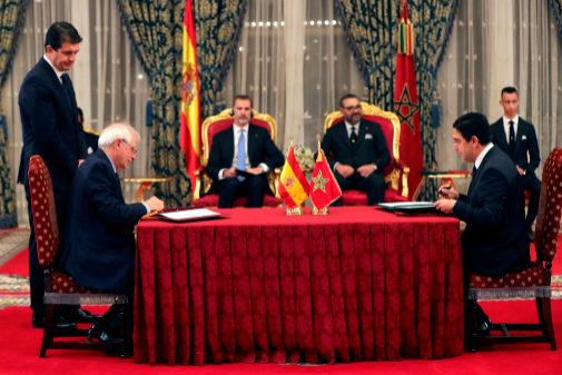 Marruecos controla las pateras tras un sinfín de favores de España
