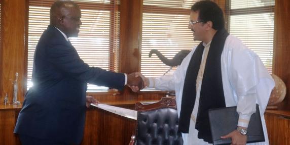 Saharawi Ambassador presents letters of credentials to President of Botswana | Sahara Press Service