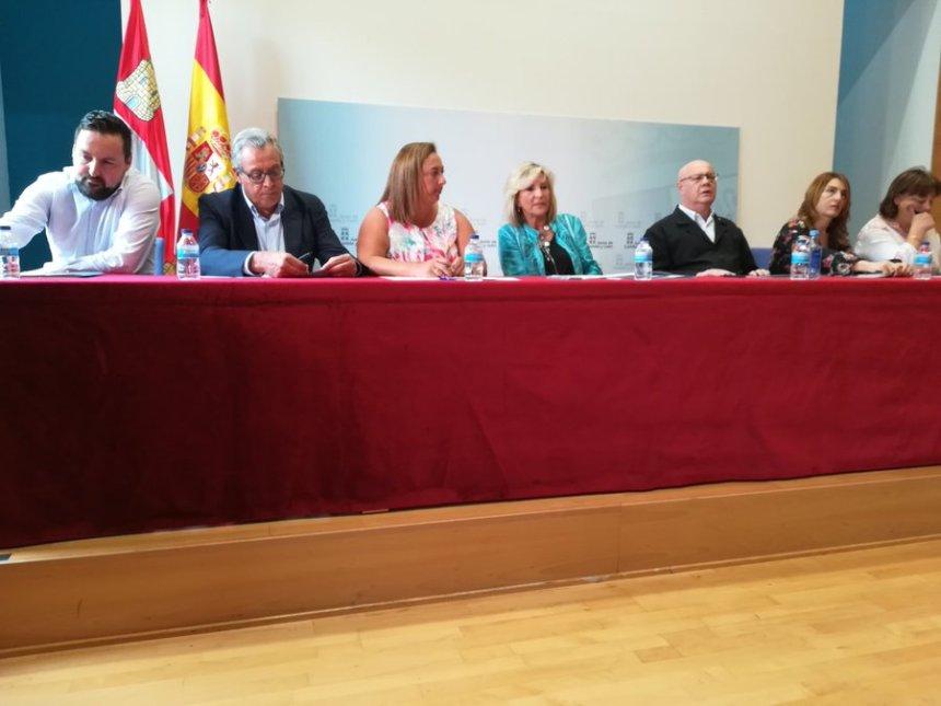 Las asociaciones de amigos del pueblo saharaui se unen al pacto de permisos en programas de cooperación de Salud de Castilla y León