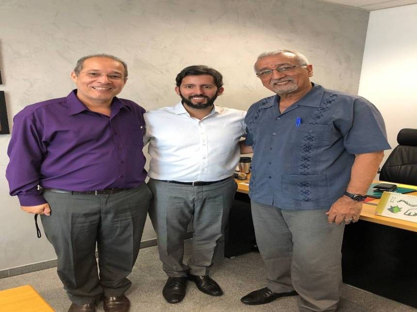 BRASIL: representante saharaui es recibido en la Cámara Estatal de Brasilia   Sahara Press Service