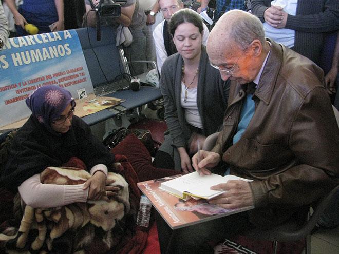 Diez años de la huelga de hambre de Aminetu Haidar que dio la vuelta al mundo | Diario de Lanzarote
