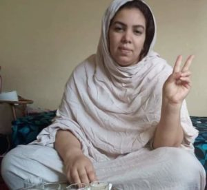 El juicio de la activista saharaui Mahfouda Lefkir pospuesto al día 27 y casa de la familia bajo asedio | PUSL
