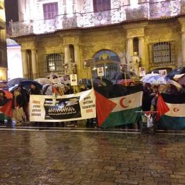 Concentración solidaria en Pamplona con la causa nacional saharaui | Sahara Press Service