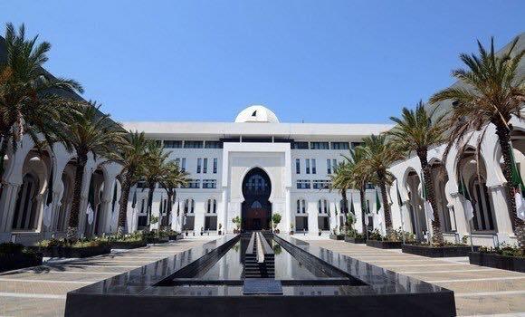 El Ministerio de Relaciones Exteriores argelino desmiente la información publicada por medios extranjeros sobre la supuesta «advertencia emitida por el Gobierno de Argelia» a la Misión de las Naciones Unidas para el Referéndum en el Sáhara Occidental (MINURSO) – (Texto en francés)