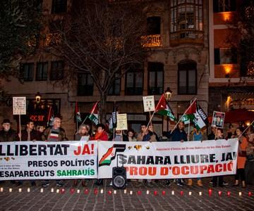 Concentración con encendida de velas por los presos políticos desaparecidos saharauis – CEAS-Sahara