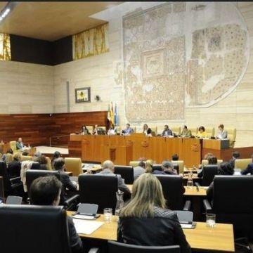 La Asamblea de Extremadura renueva su «compromiso con el futuro en libertad» del pueblo saharaui