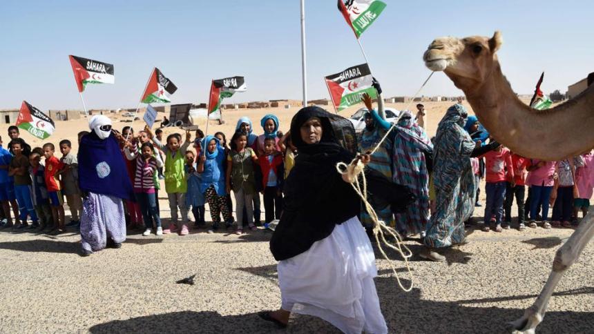 Marruecos usa nuevos métodos de represión para silenciar a periodistas del Sáhara Occidental – La Vanguardia