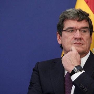 Coronavirus: el Gobierno español concede permisos de trabajo «exprés» a migrantes con formación sanitaria