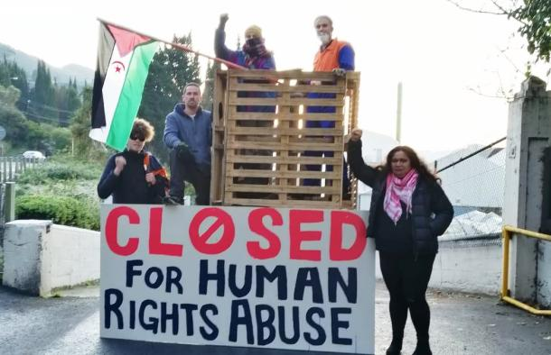 """New Zealanders block entrance to Ravensdown to protest against import of """"blood phosphate"""" from occupied Western Sahara 