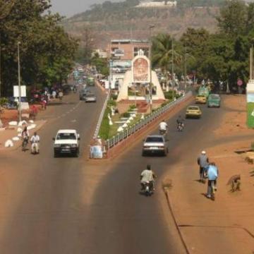 Golpe de estado militar en Mali: rumores sobre el secuestro de varios ministros y enorme confusión en la capital, Bamako