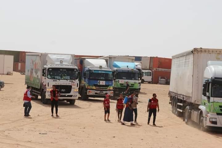 Argelia envía un cargamento de ayuda (80 toneladas) a los campamentos saharauis