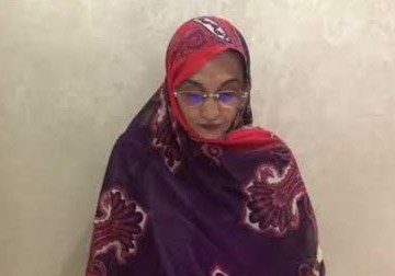 Aminetou Haidar dirige desde su casa, asediada por policías marroquíes, un duro discurso en la ONU