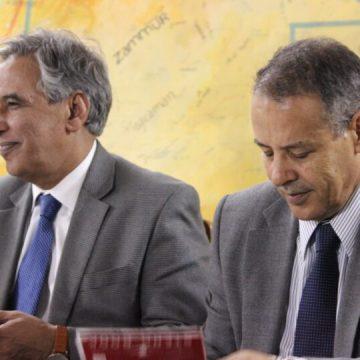 DEDICATORIA de Mahayub Sidina a los difuntos Mhamed Khadad y Bujari Ahmed  | El Portal Diplomático