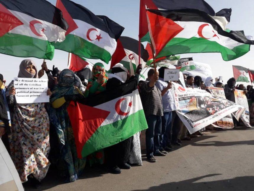 El saharaui, un pueblo pacífico que lleva 45 años aguantando masacres y agresiones y esperando un referéndum que no llega – arainfo.org