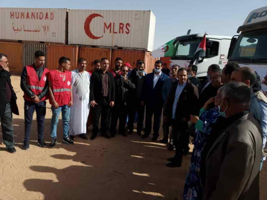 Una caravana humanitaria llega a los campamentos de refugiados procedente de la Wilaya argelina de Tinduf | Sahara Press Service