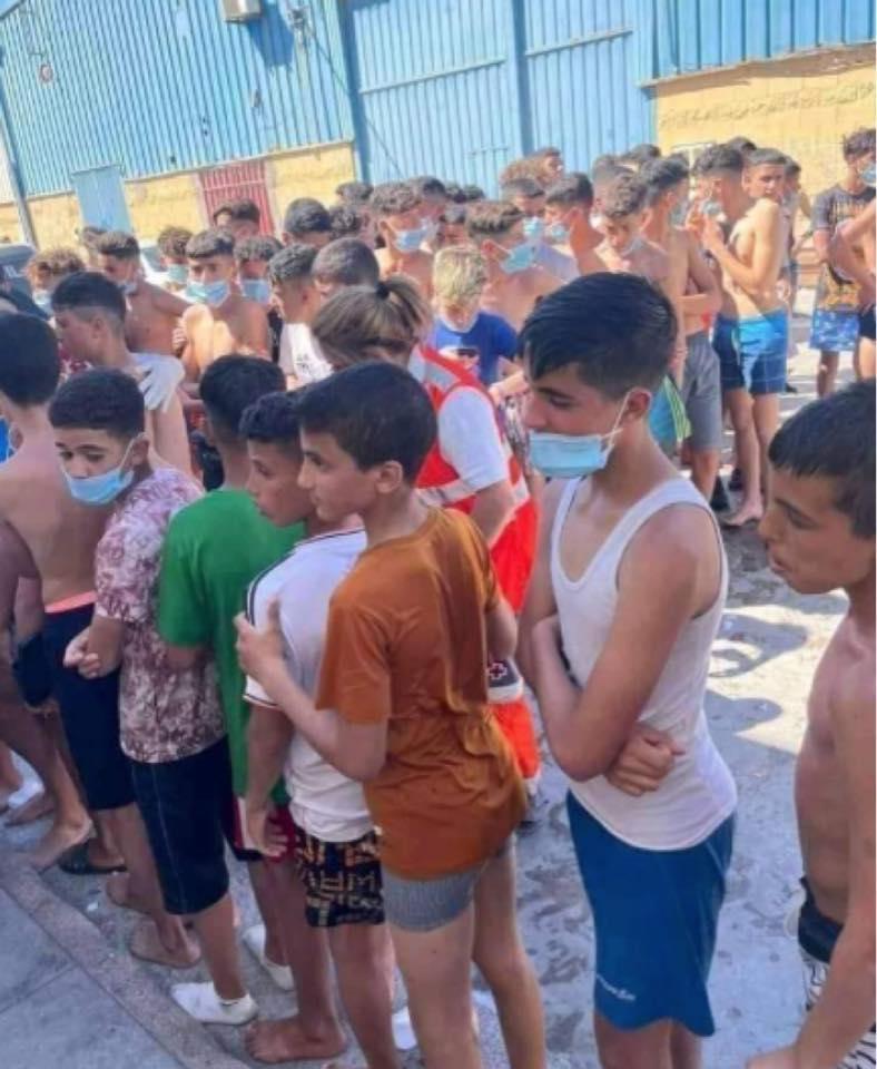 ¿Quien pidió a estos menores inocentes tirarse al mar para presionar y chantajear a España y Bruselas?