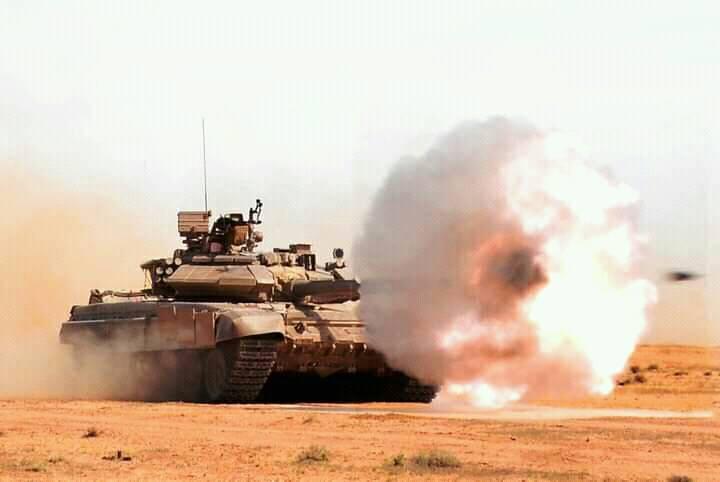 Argelia realiza ejercicios militares con munición real en las fronteras con Marruecos
