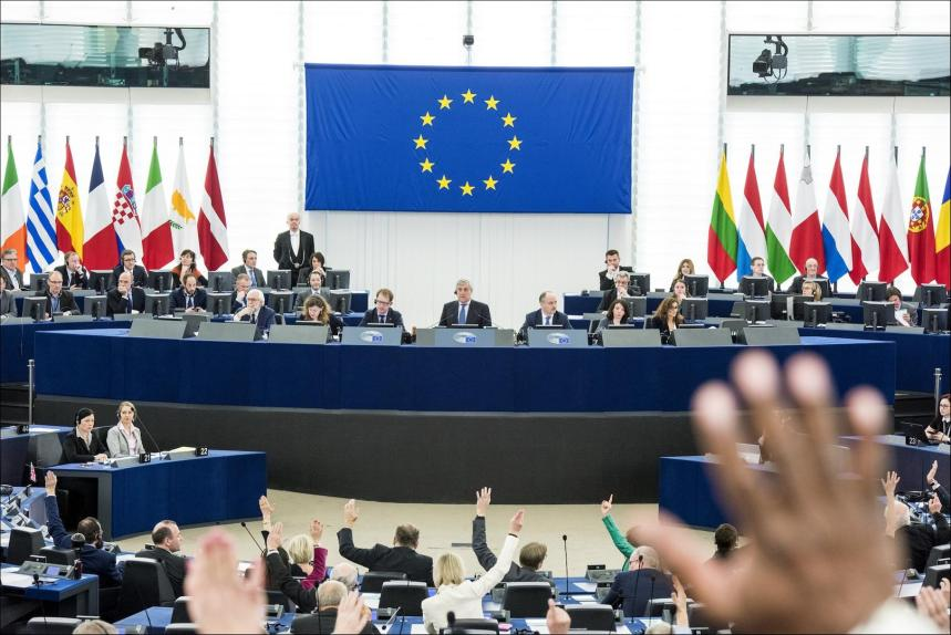 El Parlamento Europeo debatirá si Marruecos violó los derechos de los menores durante la crisis migratoria en Ceuta