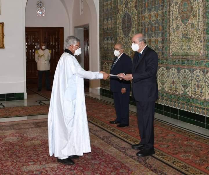 Por primera vez en la historia, un embajador saharaui presenta formalmente sus credenciales a un presidente argelino