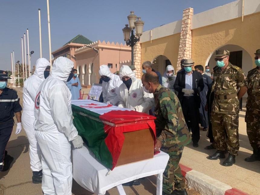 El féretro de Abdalahi Lehbib se dirige hacia la wilaya de Smara para que sea velado en público