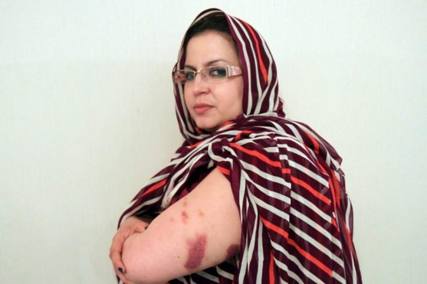 Activista saharaui: Sultana Jaya: «Esto es una grave violación de los derechos humanos que equivale a crímenes de guerra» | Público