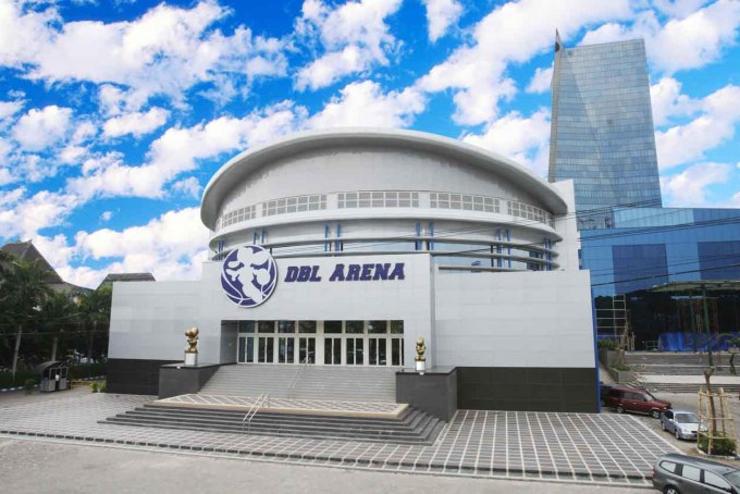 gedung DBL arena yang menjadi salah satu kebanggan jawa pos group