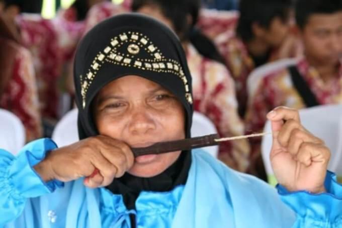 alat musik tradisional kuriding