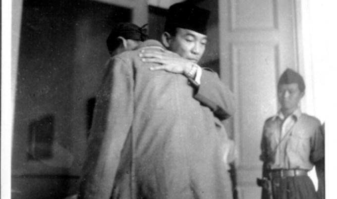 Jenderal Sudirman menemui Presiden Soekarno