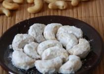 Cara Membuat dan Resep Kue Putri Salju Kacang Mete